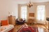 Top adapted, freshly equipped 3 room apartment in the Mitterau.