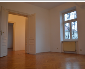 City park and station near: Old building (111m ²) in the centre of Krems, WG suitable,